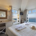Double room with sea view and window