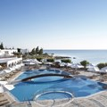 Creta Maris main pool