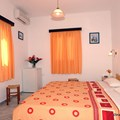 Double room with garden view (2-3 persons)