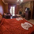 Junior suite with lake view - Ainos (2 adults, 2 children)