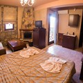 Junior suite with lake view - Taygetos (2 adults, 2 children)