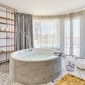Suite with Jacuzzi (2-4 persons)
