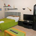 Green bedroom 4,. bed 150 x 200 and one single bed (ground level -1)