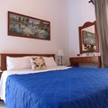 Room B (2-3 persons)