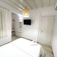 Double room with city view - Νο.8