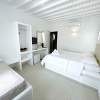 Triple room (ground floor) - Νο.9